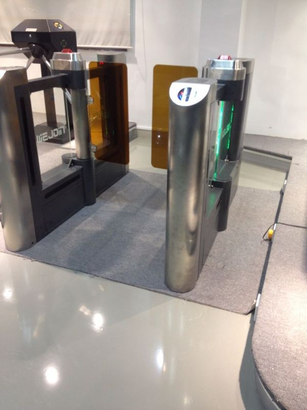 Swing Barrier Gate Systems  For Passenger Access With Emergency Intereface تامین کننده